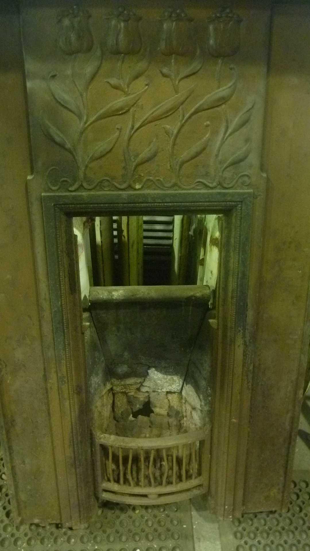Art Nouveau Fireplace Blast Spray Polish